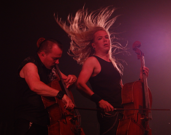 Apocalyptica_-_Volbeat_-_Skunk_Anansie_-_The_Hives_-_Steve'n'Seagulls_Festival_des_Artefacts_-_Strasbourg_Zenith_20160625